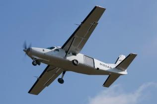 N105AN Cessna 208B – Weston-on-the-Green